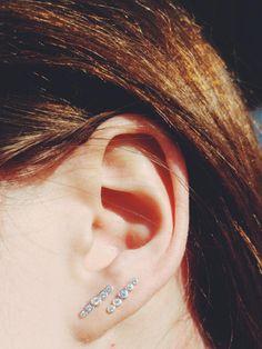 Styling by mayanicoo showing Delight diadem Zirconia Ear Studs Silver #jewellery #Jewelry #bangles #amulet #dogtag #medallion #choker #charms #Pendant #Earring #EarringBackPeace #EarJacket #EarSticks #Necklace #Earcuff #Bracelet #Minimal jewellery/minimalistic #ContemporaryJewellery #zirkonia #Gemstone #JewelleryStone #JewelleryDesign #CreativeJewellery #OxidizedJewellery #gold #silver #rosegold #hoops #armcuff #jewls #jewelleryInspiration #JewelleryInspo #accesories #DanishDesign…