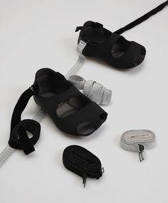 Παπούτσια προπόνησης με λουριά - 0
