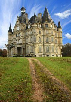 Château de Bon Hôtel in Ligny-le-Ribault, France I dream of living in a castle some day!