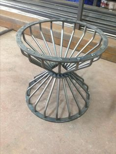New example of welding art, which is so beautiful and is made with our special welding tools & supplies by a professional welder! You can also decorate your house with it! Iron Furniture, Steel Furniture, Table Furniture, Furniture Design, Decorative Metal Screen, Welding Art, Welding Tools, Metal Table Legs, Dining Table Legs