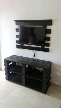 Furniture:Diy Pallet Tv Stand Furniture How to Create DIY Pallet Furniture, Create DIY fu… Diy Pallet Projects, Home Projects, Pallet Ideas, Wood Ideas, Rack Pallet, Diy Furniture Ikea, Furniture Ideas, Wood Furniture, Pallet Furniture Designs