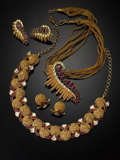 #Modernjewellery #Indianjewellery #Traditionaljewellery Latest collection of designer jewellery in huge discount only at Enjoybazaar.in
