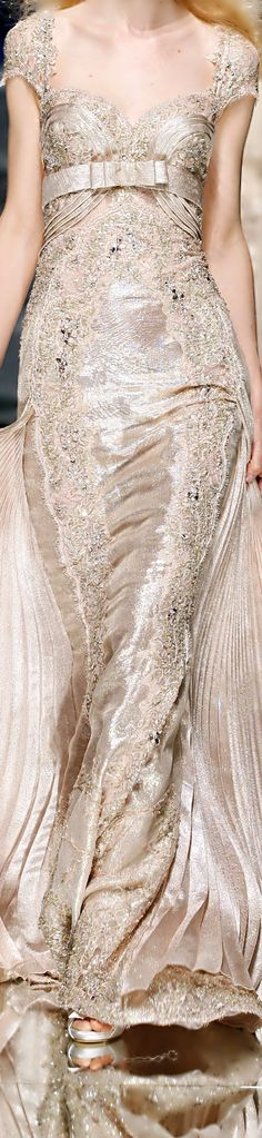 Close up: Zuhair Murad Haute Couture Beautiful Gowns, Beautiful Outfits, Simply Beautiful, Fashion Details, Fashion Design, Glamour, Designer Gowns, Looks Style, Couture Fashion