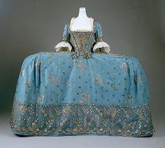 robe de cour
