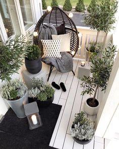 Small Balcony Decor, Tiny Balcony, Small Terrace, Small Balconies, Bubble Chair, Balkon Design, Garden Design, House Design, Design Design