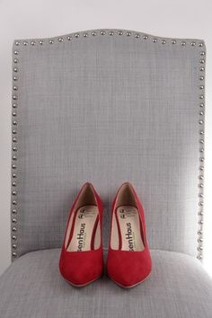 Classic-Red, Size 8