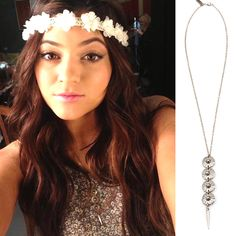 Kylie Jenner wearing the Vanessa Mooney Small Venus Necklace from Summer 13'