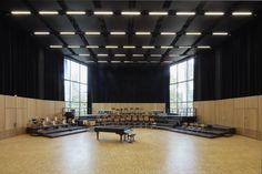 Dietrich I Untertrifaller, Bruno Klomfar · Strasbourg Convention Centre Theatre Architecture, Wood Architecture, Contemporary Architecture, Strasbourg, Rehearsal Room, Small Hall, Steel Columns, Innovation Centre, Function Room