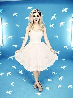 Marina and The Diamonds Blog