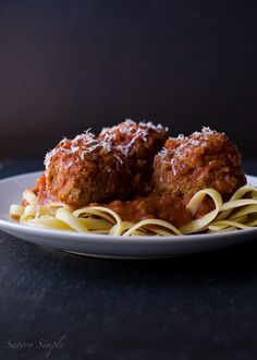 Slow cooker Meatballs and Marinara (America's Test Kitchen Giveaway)