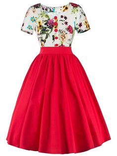 Floral Patchwork Fit and Flare Dress @rabbitgooing 1950s Swing Dress, Robe Swing, Casual Dresses For Women, Clothes For Women, Fancy Clothes, Sammy Dress, Retro Dress, Flare Dress, Fit And Flare
