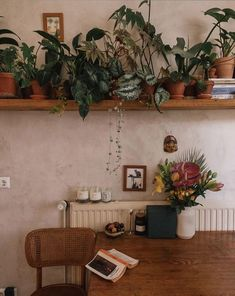 Spanish Home Interior .Spanish Home Interior Home Room Design, House Design, Vasos Vintage, Berlin Apartment, Cosy Apartment, Dream Apartment, Aesthetic Rooms, New Room, House Rooms