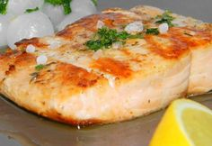 Teak, Cooking Recipes, Healthy Recipes, Healthy Food, Fish Recipes, Baked Potato, Camembert Cheese, Mashed Potatoes, Salmon