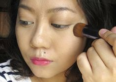 Seamless and well-blended makeup is the best kind. To achieve it, use a  stiff, buffing brush that can work the product into your skin, diffusing  the pigments in the formula until they look practically invisible. One  brush that is made for exactly that kind of thing is the Shiseido Perfect  Foundation Brush (P1,500). This is so famous that a lot of other Asian  brands have copied it already!    I've already done a full review of the brush, so this time I'll just be  showing you a detailed…