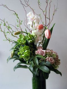 floral arrangements for home modern | Sprout Home Inspiration of the Week: Floral Backbone