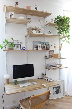 20 Home Office Designs for Small Spaces Check more at arbeitsplatz. study room small spaces office designs 20 Home Office Designs for Small Spaces Home Office Space, Home Office Design, Home Design, Interior Design, Office Designs, Small Office, White Office, Design Ideas, Modern Office Decor