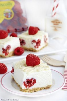 Enjoy the flavors of a sinful white chocolate raspberry cheesecake with a bit less work thanks to these cheesecake bars from Roxana at www.r