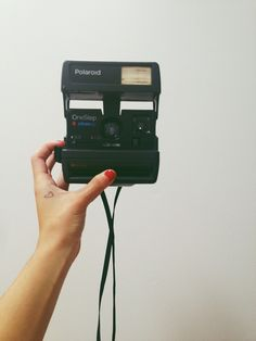 Selfies with a Polaroid! Old Cameras, Vintage Cameras, Polaroid Cameras,  Polaroids, a580b5bae5d7