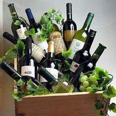 ワインの木箱入り 赤白12本セット ジャスト一万円! 人気の木箱も付いてお買い得です。 ギフトセット・贈り物にも、デイリーにも!【ミックスセット】【ワイン木箱】【ワインセット 12本】【飲み比べS】