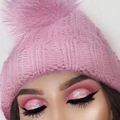 make up ideas tőle: alina_kolomoyets a We Heart It-en Pink Eye Makeup Looks, Pink Makeup, Glitter Makeup, Gorgeous Makeup, Makeup Art, Beauty Makeup, Face Makeup, Hair Beauty, Makeup Stuff