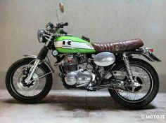 kawasaki-z400 Desert Sled, New Motorcycles, Cafe Racer Motorcycle, Bike Design, Scrambler, Custom Bikes, Cool Bikes, Shades Of Green, Bobber