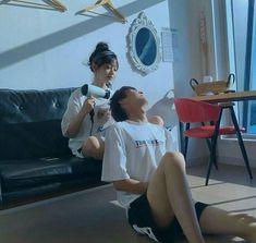 Fashion korean couple love 65 Ideas for 2019 Mode Ulzzang, Ulzzang Boy, Relationship Goals Pictures, Cute Relationships, Flipagram, Parejas Goals Tumblr, Couple Ulzzang, Couple Goals Cuddling, Korean Couple
