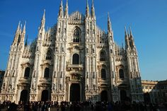 You have no idea how crowded is in front of this famous church in Milan - The biggest gothic style church