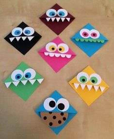 Make bookmarks yourself with great ideas and Lesezeichen selber machen mit tollen Ideen und Anleitungen Make funny reading monsters for the book corner - Origami Monster Bookmark, Bookmark Craft, Origami Bookmark Corner, Bookmark Ideas, Bookmarks Kids, Corner Bookmarks, Paper Bookmarks, Kids Crafts, Arts And Crafts