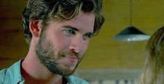 Liam in the Dressmaker #liamhemsworth #hemsworthbrothers #hemsworth #thehungergames #galehawthorne #independenceday #idr #sexiestmanalive #sexy #muscles