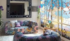 Missoni is an international design studio, which is specialized in fashion and lifestyle industries. Missoni Home has unveiled at Maison et Objet in Paris Missoni, Feng Shui, Deco Zen, 70s Home Decor, Interior Decorating, Interior Design, Living Room Modern, Living Rooms, Fabric Decor