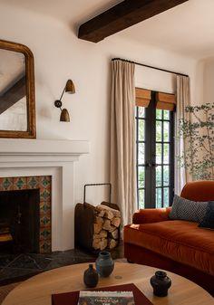 Home Living Room, Living Room Designs, Living Spaces, Blue Curtains Living Room, Living Room Interior, Living Room Inspiration, Home Decor Inspiration, Design Inspiration, Deco Studio