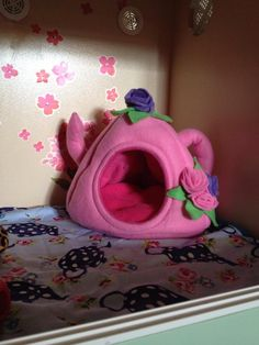 Teapot bed  African Pygmy HEdgehog www.hedgepods.com