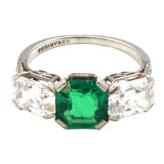 TIFFANY Emerald  Diamond Ring