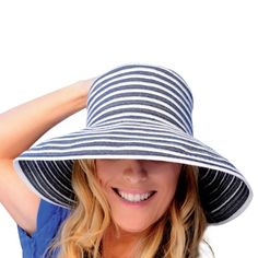 f21cfbd6a67 Upturn Universal Ladies Sun   Beach Hat (Navy   White) at Amazon Women s  Clothing store  Sun Hat For Women