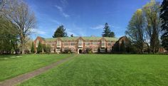 Reed College, 70 degrees today in Portland!