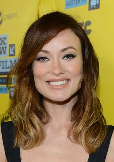 Olivia Wilde looked very natural at last year's SXSW Festival with beautiful curly waves and a subtle cat eye.