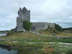 Resultado de imagen para pinturas de castillos