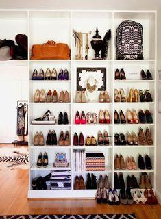 División - del lado del closet, perfecto para zapatos y bolsos
