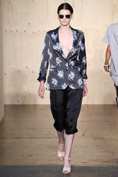 Paul Smith Spring 2015 Ready-to-Wear - Collection - Gallery - Look 1 - Style.com