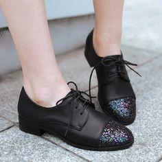Big size 34-43 Moda Feminina Chunky Calcanhar Sapatos Oxford Lace Up Vestido Shinning Cabeça Primavera Ao Ar Livre Sapatos Casuais OxfordsAA121