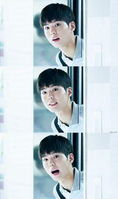 Bogum is calling you Korean Celebrities, Korean Actors, Celebs, Kim Yoo Jung Park Bo Gum, Park Bo Gum Wallpaper, Kyun Sang, Kbs Drama, Moonlight Drawn By Clouds, Drama Memes