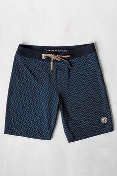 Estos cortos son azules. Yo prefiero estos.