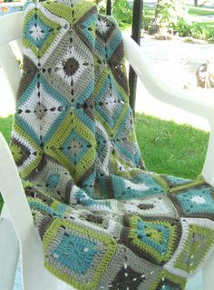 Solid granny square blanket - colours