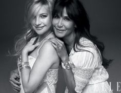 Cute pose for a mother and older daughter, or | http://bestfriendmemories.blogspot.com