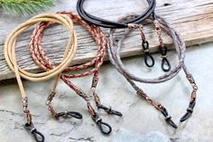 Vermont Lanyards Rustic Braided Leather Eyeglass Holder for Men and Women. Beautiful natural dye European Braided and Plain Leather Cord in a variety of colors with Rustic Antique Copper Carved Ends for upscale style. Antique Copper Clips are added to easily replace the rubber grips Braided Leather, Leather Cord, Diy Glasses, Diy For Men, Eyeglass Holder, Chains For Men, Metal Jewelry, Antique Copper, Colors