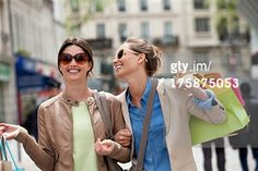 Suchen - Getty Images AT: street shopping