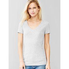 Gap Women Favorite Short Sleeve V Neck Tee ($10) ❤ liked on Polyvore