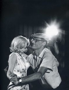 Marilyn Monroe & Arthur Miller Photo by Eve Arnold 1960.