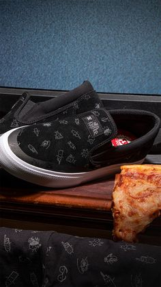 Shop the Manual Slip On S Wes by DC Shoes!