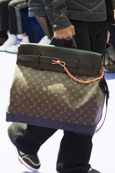 See Virgil Abloh's First Collection of Sneakers and Accessories for Louis Vuitton – Men's style, accessories, mens fashion trends 2020 Virgil Abloh Louis Vuitton, Handbag Stores, Leather Bags Handmade, Luxury Bags, Adidas, Fashion Handbags, Louis Vuitton Monogram, Sneakers Fashion, Bag Accessories